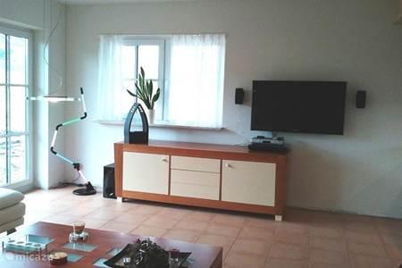 Vakantiehuis vakantiehuis kalkeifel in blankenheim eifel - Deco hoofdslaapkamer ...