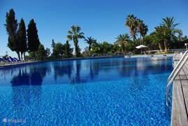 Een van de drie zwemparadijzen, op de Costa Dorada en met het miniklimaat met 300 dagen zon per jaar is zon en lekker weer vrijwel gegarandeerd!