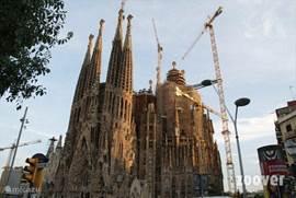 Barcelona de fantastische stad van Gaudi en Sagrada familia! De camping organiseert tot dusver elk jaar in het hoogseizoen excursies inclusief vervoer en begeleiding.
