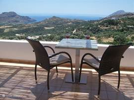 On every four terraces where you sit at home Panorama offers beautiful views over the bays and olive fields.