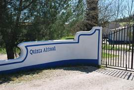 Ingangspoort van Quinta Alfaval