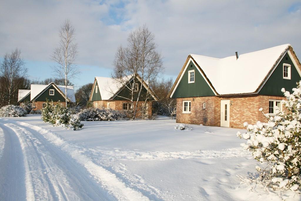 Vier dit jaar kerst op Villapark de Weerribben! Nu met 25% korting op de huursom op een verblijf tussen 23 - 30 december 2016.