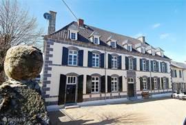 Gites de la Cascade Authentiek maar geheel volgens huidige luxe gerenoveerd vakantiehuis voor 15 personen