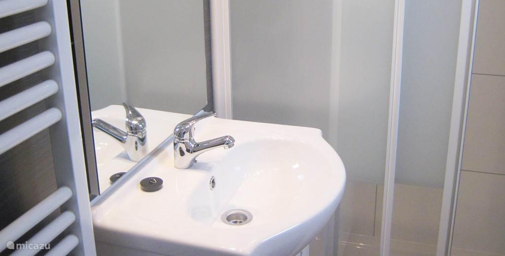 De badkamer is een heerlijke plek om je even op te frissen