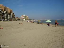 Het mooie strand van Alboraya