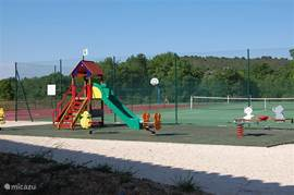 playground at the villpark with two tennis courts, etc.