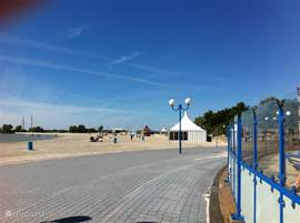 Boulevard van Makkum strand.