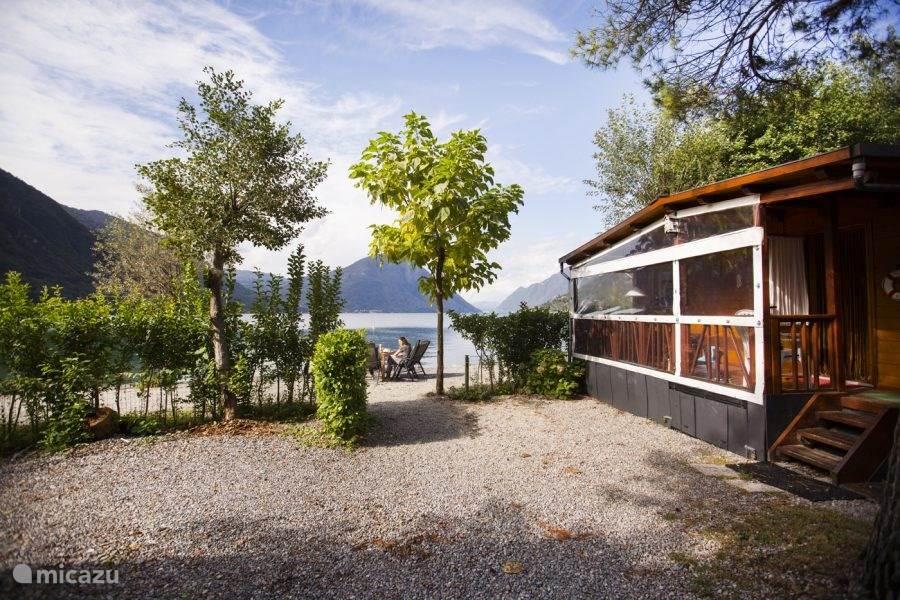 Vakantiehuis Italië, Italiaanse Meren, Porlezza chalet Chalet te huur aan meer van Lugano