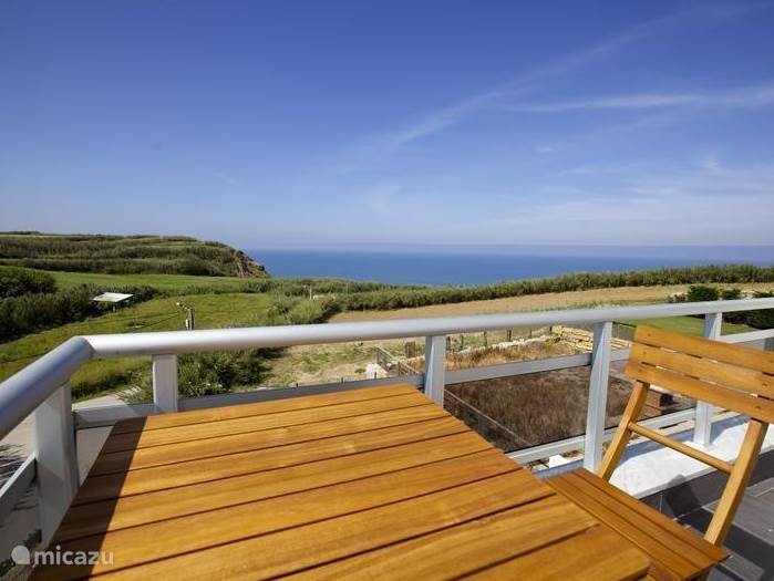 The roof terrace on the second floor and adjacent to two bedrooms offer stunning views. Under the Portuguese Sun play a game? Sunbathe or relax? Or stare breathlessly to the ocean. It is possible!