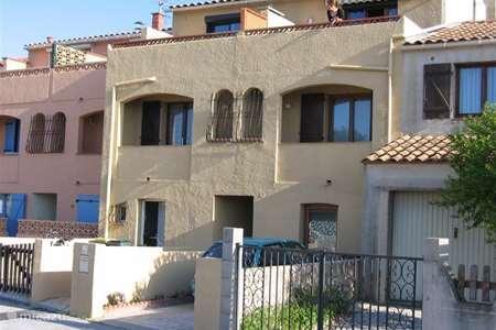 Vakantiehuis Frankrijk, Pyrénées-Orientales, Sainte-Marie appartement Appartement met tuin aan Midd. Zee
