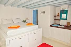 upstairs bedroom with bathroom ensuite