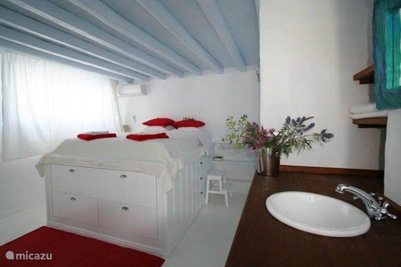 ferienhaus cliff haus gro en stein gebautes haus 1850. Black Bedroom Furniture Sets. Home Design Ideas