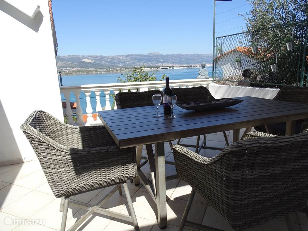 Vacation rental Croatia, Dalmatia – holiday house ciovo