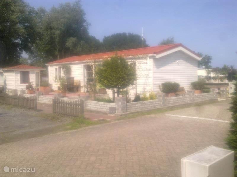 Vakantiehuis Nederland, Noord-Holland, Noord-Scharwoude - chalet Chalet  Alles Kumt Good