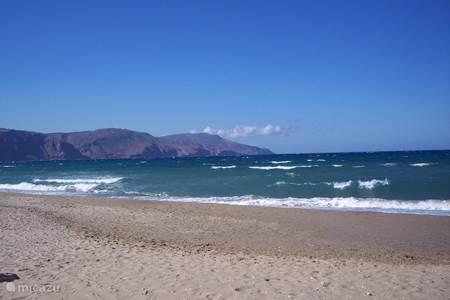 strand van Kavros