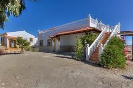 Voorkant Villa Damara