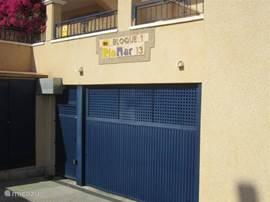 gemeenschappelijke garage met vaste staanplaats