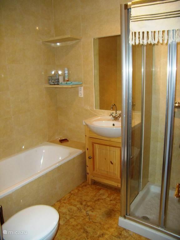 badkamer bij ouder slaapkamer