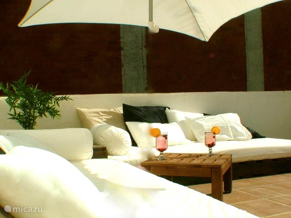 Vacation rental Spain, Costa Brava, Pineda de Mar studio Cal Pintor Beige