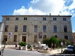 Het gemeentehuis in Vallon Pont d'Arc.