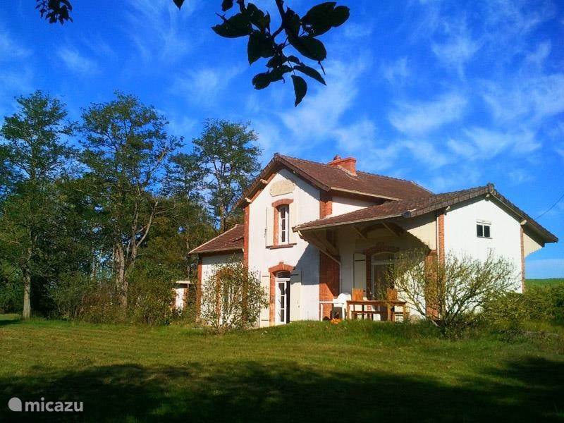 Vacation rental France, Auvergne, Montlucon - holiday house Gite La Gare