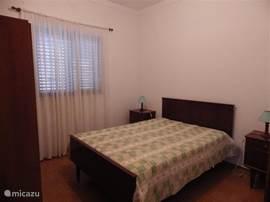 slaapkamer met 2-persoonsbed,