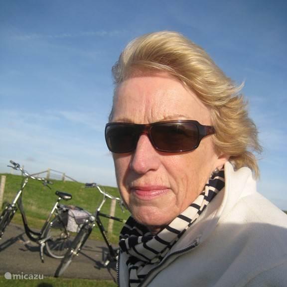 Annemiek Bakker