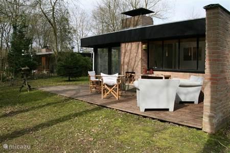 Vakantiehuis in rekem limburg belgi huren - Terras beschut ...