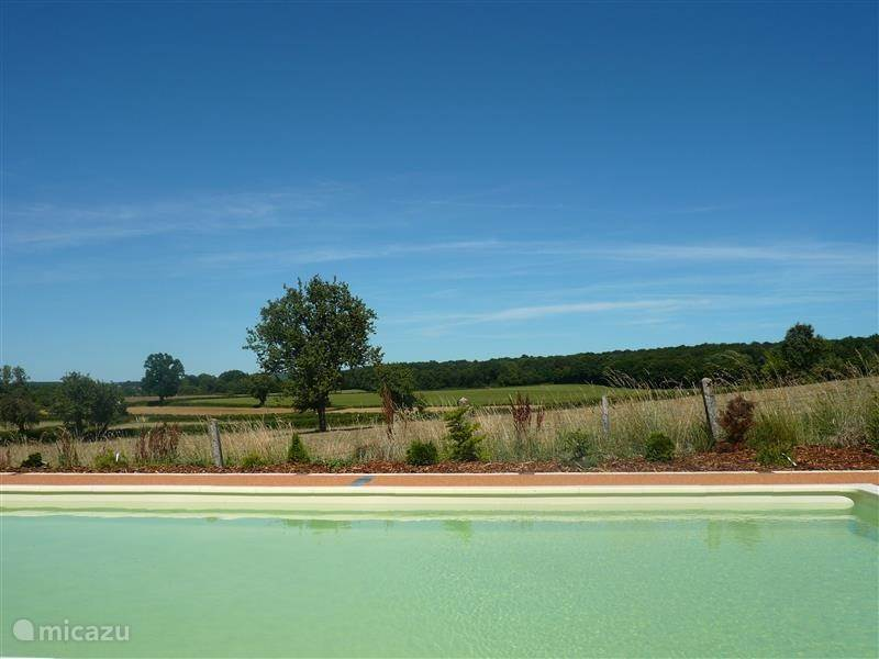 Vacation rental France, Burgundy, Moulins-Engilbert Holiday house Les Grands Clous