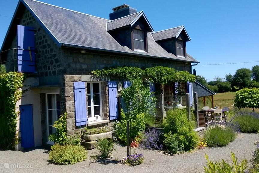 ruime zonnige vakantiewoning met grote tuin