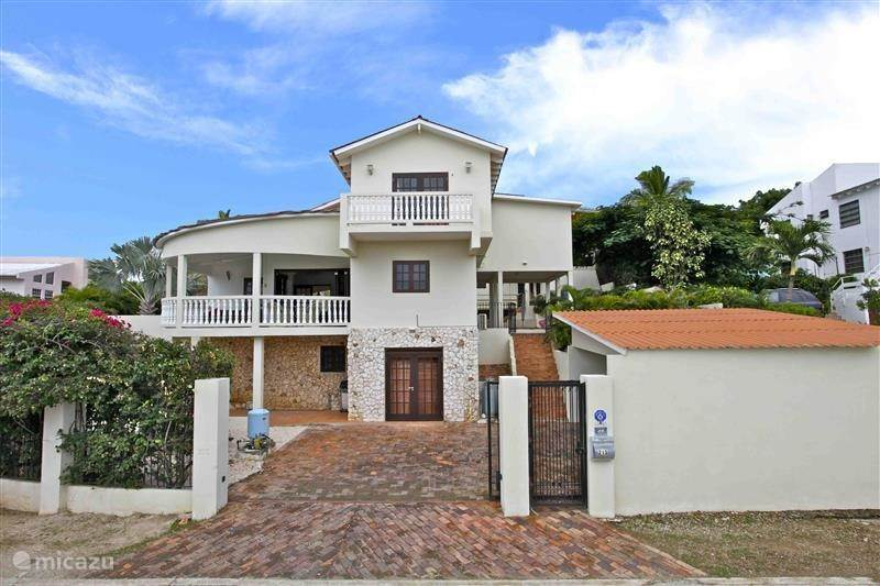 Vakantiehuis Curaçao, Banda Ariba (oost), Cas Grandi villa Cas Grandi Villa voor 6 -14 personen