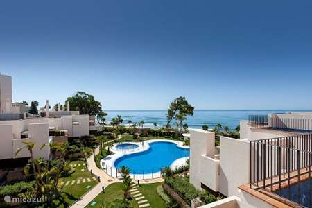 Vacation rental Spain, Costa del Sol, Estepona  penthouse Bahia de la plata