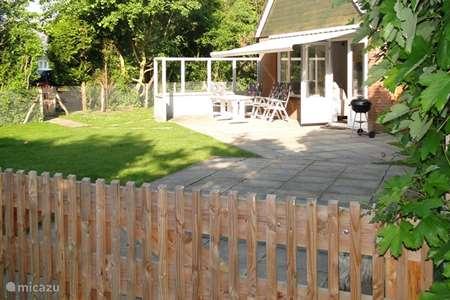 Vacation rental Netherlands, Zeeland, Brouwershaven bungalow Recreatiebungalow