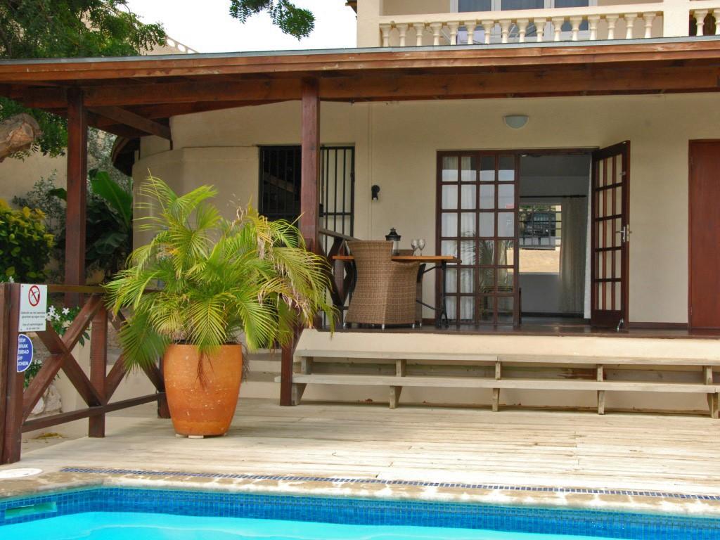 Last minute! Rustig gelegen appartement met zwembad voor uw deur in de beveiligde wijk van Jan Sofat. Vanaf 50 euro per nacht, min. verblijf 4 nachten