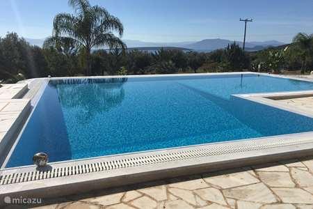 Ferienwohnung Griechenland – villa Luxus Ferienvilla Livadia