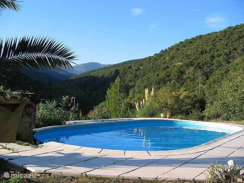 Vacation rental France, Languedoc-Roussillon, Boule d'Amont Bed & Breakfast Le Troubadour B&B with pool