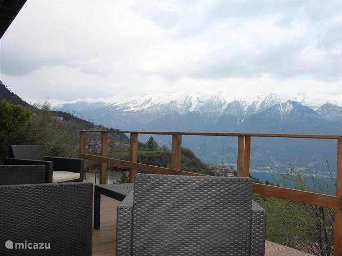 Vacation rental Italy, Lake Garda, Tignale holiday house Sunclass House, Lake View