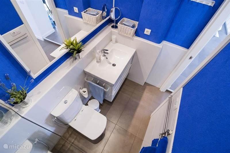 Vacation rental Spain, Costa Brava, Pineda de Mar Studio Cal Pintor Blue