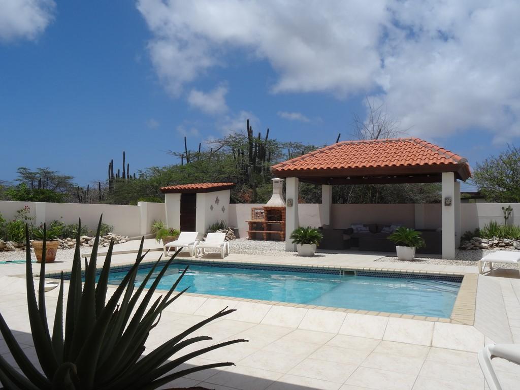 Villa San Miguel-Aruba; een luxe vakantievilla. Voor een onvergetelijke zonvakantie. In september t/m december nog plaats. Leuke kortingen op de huur!