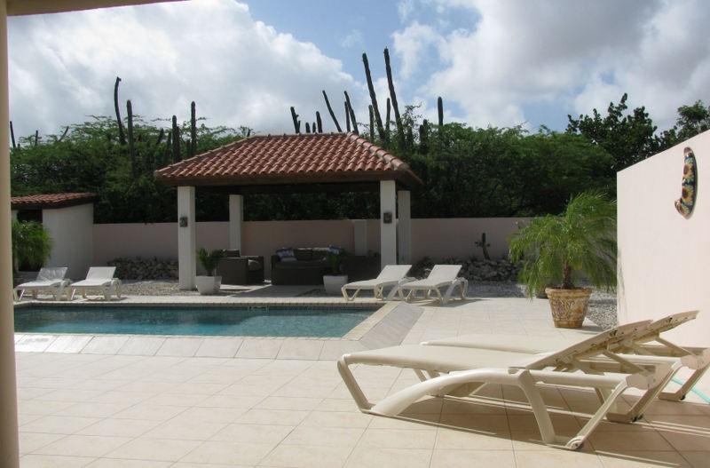 Villa San Miguel-Aruba; een luxe vakantievilla. Voor een onvergetelijke zonvakantie. In september t/m december nog plaats. Huurprijs met kortingen!