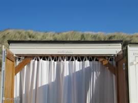 Geniet van het prachtige Zeeuwse Strand! Gebruik van een eigen strandhuisje.