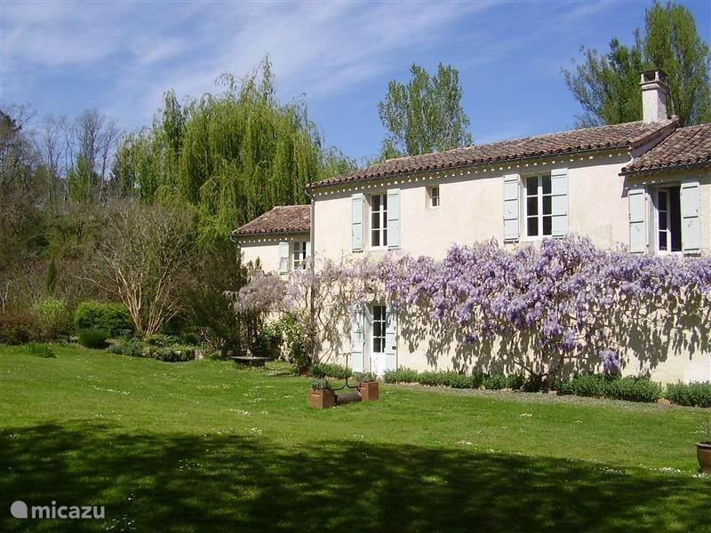 Vacation rental France, Lot-et-Garonne, Mézin  gîte / cottage Mill cottage Cour Bian