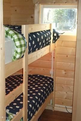 stapelbeddenkamer / campingbed