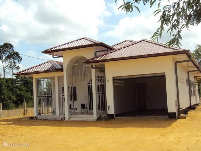 Vakantiehuis Suriname, Wanica – villa MyrPet