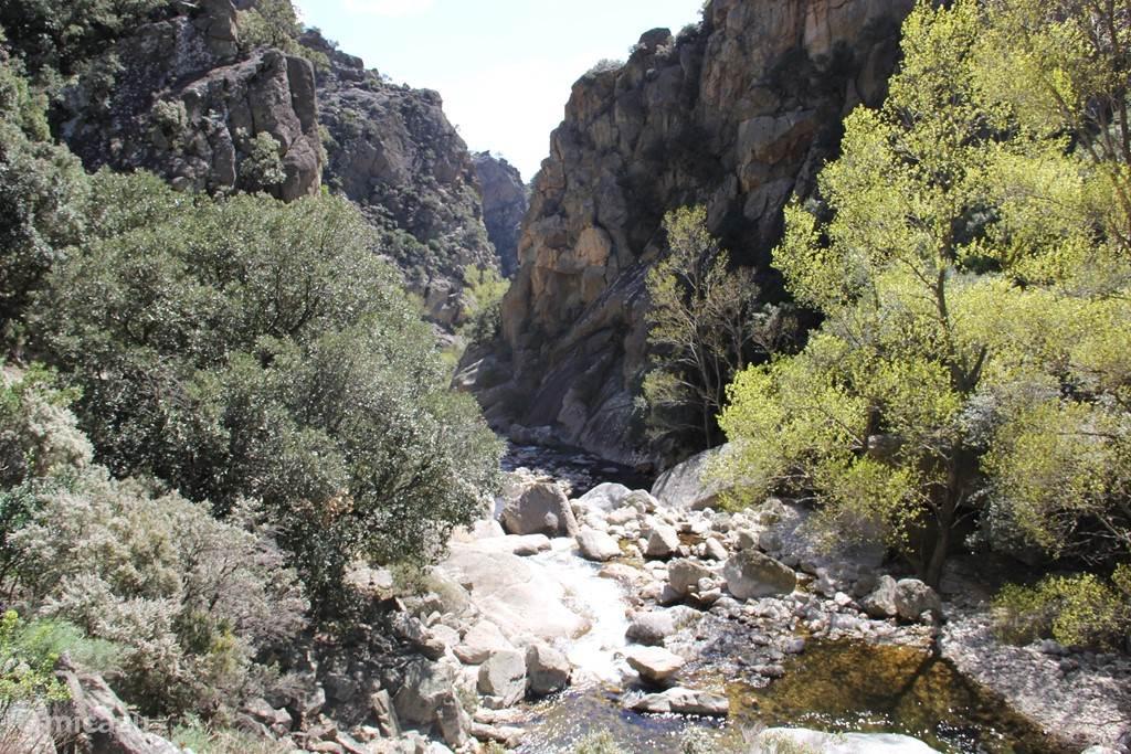 Gorges d'Héric met de Orb rivier