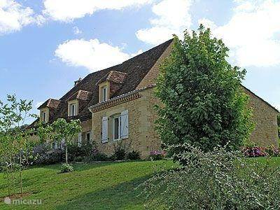 Vacation rental France, Dordogne, Les Farges holiday house Hortense