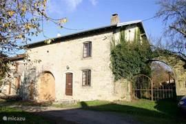 Onze vogezenboerdeij van 1870 met 1-8 slaapplaatsen en een tuin van ruim 1 hectare