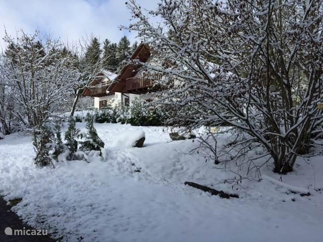 als het gesneeuwd heeft is het ook prachtig en genieten...