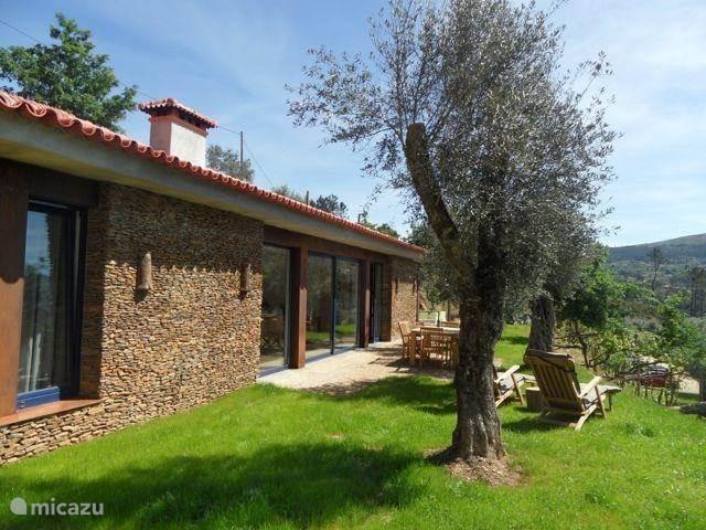 Vakantiehuis Portugal, Noord-Portugal, Vila Nune Vakantiehuis Quinta dos Moinhos Casa da Oliveira