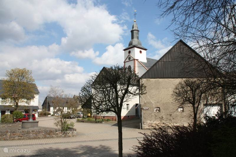 Mittelstrimmig, Moselle, Motor, Museen